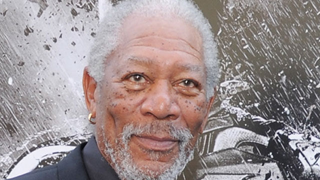 News video: Morgan Freeman Falls Asleep Mid-Interview!